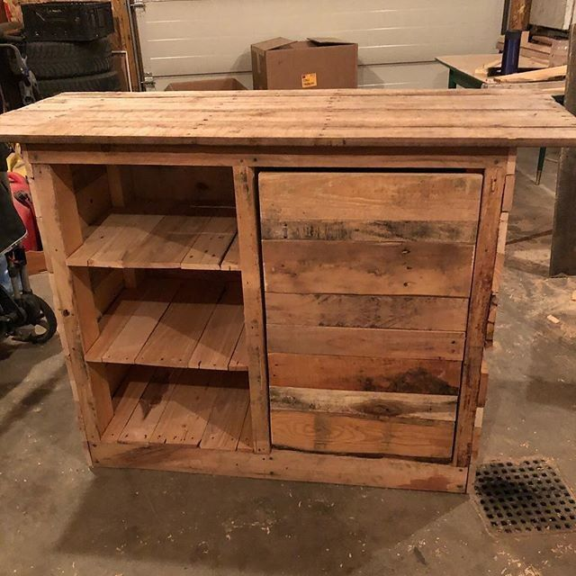 Pallet rustic table