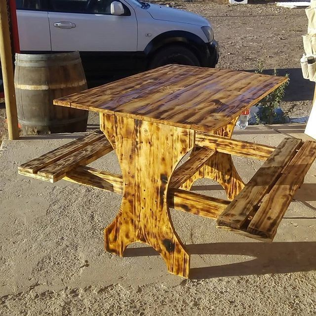 Pallet burn table