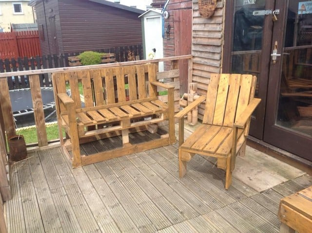 Pallet outdoor chair and sofa
