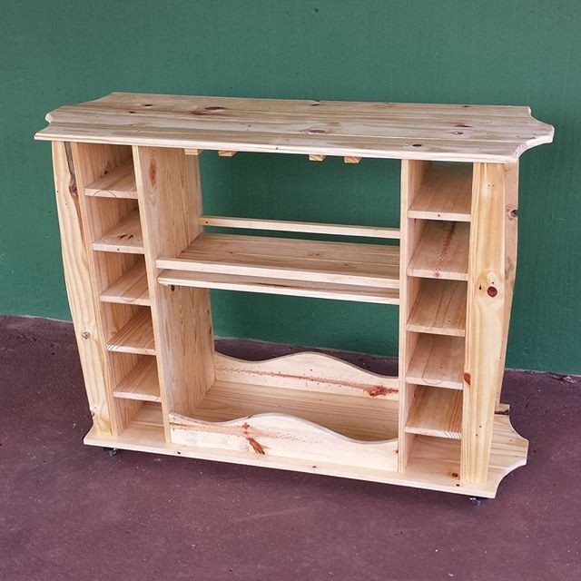 Pallet entertainment center ideas
